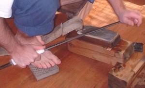 Sharpening and polishing katana swords